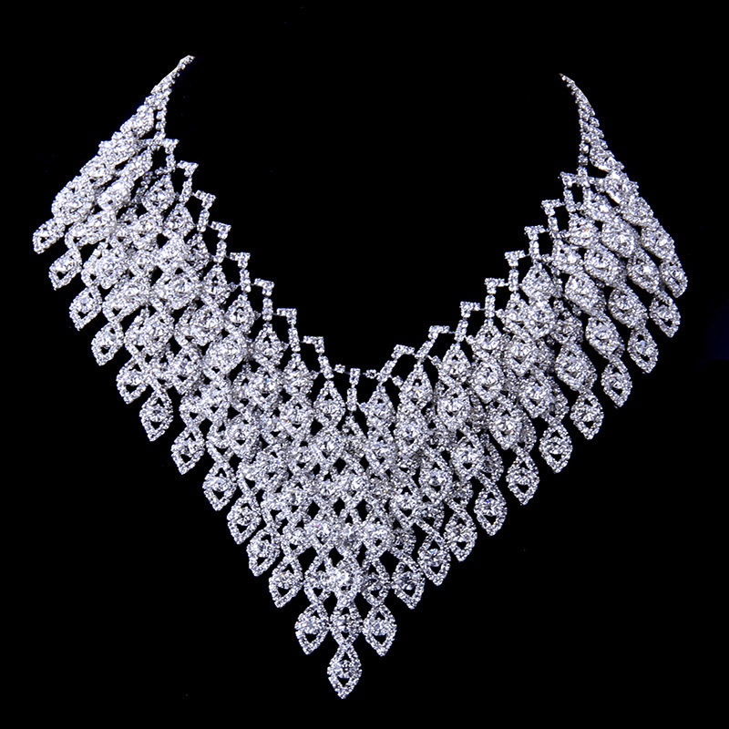 2018 New Arrival Women Jewelry Set Zinc Alloy With Austrian Crystal Necklace/Earrings Set Fashion Jewelry Dress Accessories N134 women s fashionable rhinestone inlaid zinc alloy necklace golden