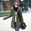 2015 outono casaco de inverno mulheres grossas de lã das mulheres casacos de capuz bolso grande cordeiro casaco de pele verde do exército parka DX593
