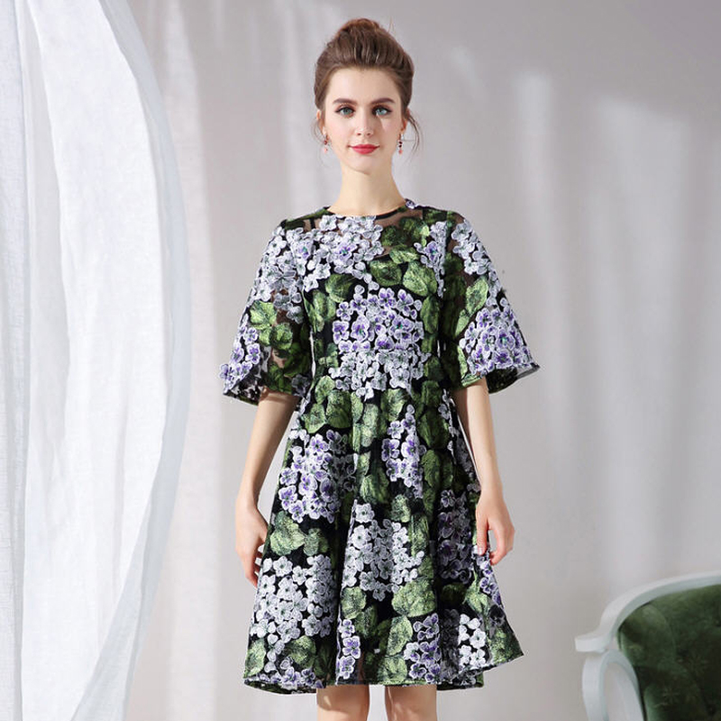Plus Size 4XL 5XL 2018 Spring Summer Runway Elegant Hydrangea Green Leaf Embroidery Dress Women Flare Sleeve Dresses JC2522