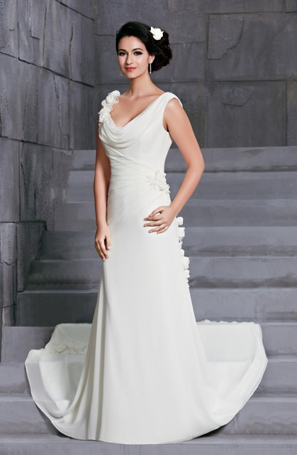 New Arrival Chiffon Ivory Wedding Dresses with Handmade Flowers Cowl ...
