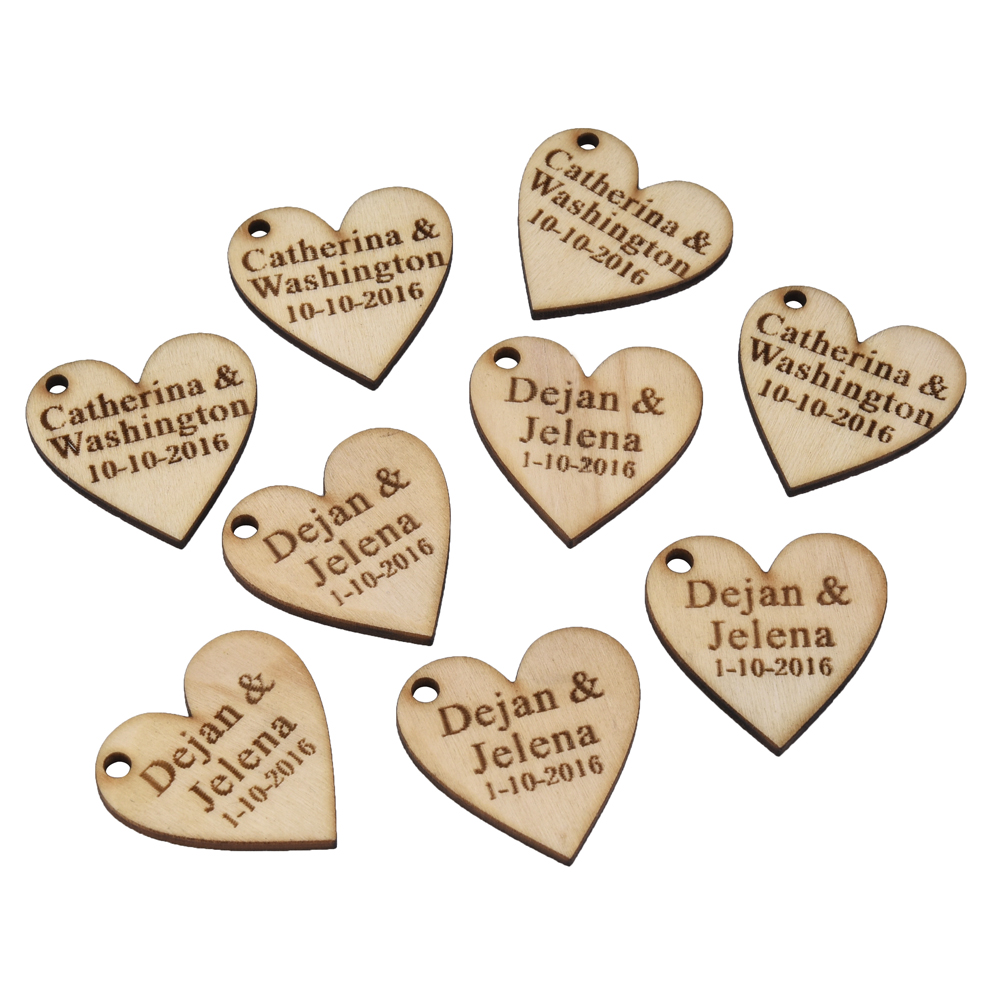 60 Pieces Personalized Engraved Wood Hangs Love Heart Centerpieces Wedding Table Decoration Favors Customized Candy Tags