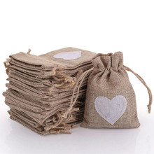Burlap Bags with Drawstring Gift Pouches Heart Candy Jewelry Storage Package Sack for Wedding Bridal Shower Birdthday Party Vale