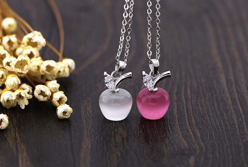 Fashion jewelry 2019 Summer Hot Sale Heart Cats Eye Apple Necklace Sweet Beauty Crystal from Swarovski Embedded zircon necklaceFashion jewelry 2019 Summer Hot Sale Heart Cats Eye Apple Necklace Sweet Beauty Crystal from Swarovski Embedded zircon necklace