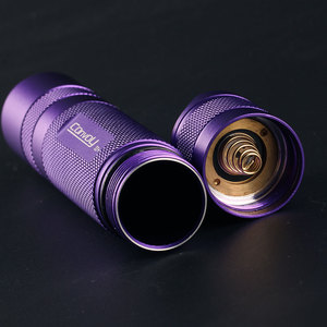 Image 2 - Violet S2 + đèn pin, với XPL HI led bên trong và ar phủ thủy tinh, biscotti firmware
