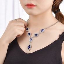 Colorful Rhinestone Flower Necklaces Women Fashion Crystal Jewelry Charm Silver Chain Choker Statement Bib Collar Necklace(China)