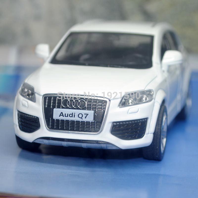 5pcs/pack Wholesale Brand New KT 1/36 Scale Pull Back Car Toys Audi Q7 SUV Diecast Metal Car Model Toy