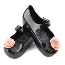 Mini Memon sandals for girls soft PVC leather Printing Flat heels Ankle WRAP Kids  cute Flowers