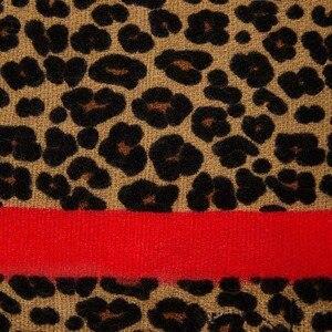 Image 4 - 2019 ブランドヒョウ柄のカシミヤ女性の冬の暖かいデザイナーの女性のファッションショールガールヘッドセクシーなスカーフ