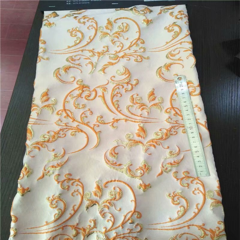 Fashion Milky white French jacquard yarn dyed brocade fabric for dress coat patchwork tissus telas tecido tissu au metre tela