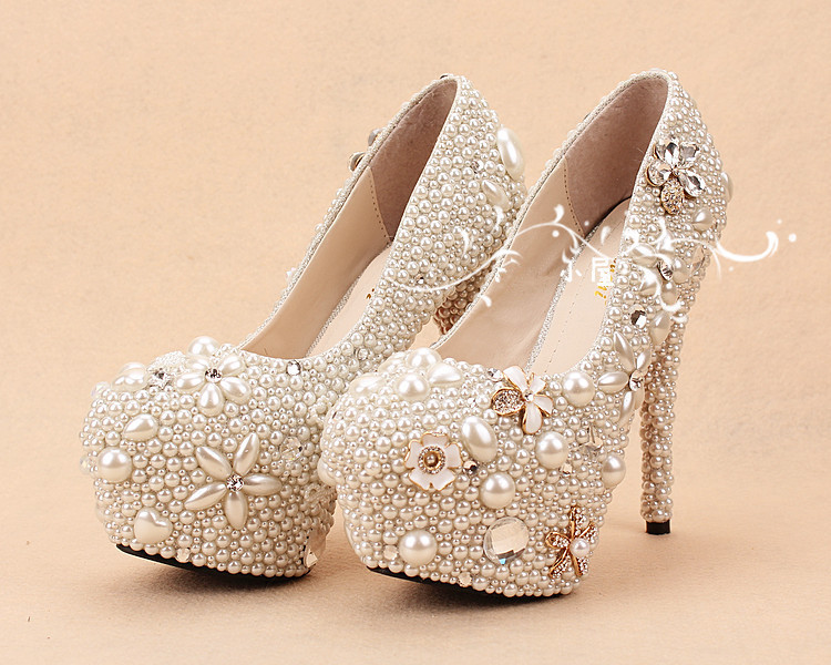 Free shipping crystal Party ceremony Imitation high heel Pearl Wedding  Bridal Shoes lady shoes Handmade Girl Formal Dress Shoes-in Women s Pumps  from Shoes ... 80c8cbd0646b
