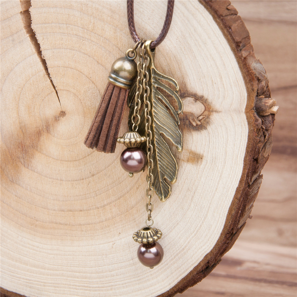 Doreen Box Handmade Fashion Tassel Pendant Necklace Feather PU Necklace Link Chain Bronze 46.5cm lang brown 1 stuk voor dames