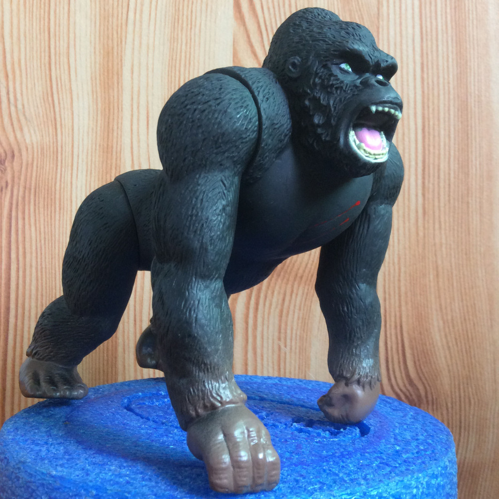 1pcs 18cm King Kong Skull Island Action Gorilla PVC Figure Toy