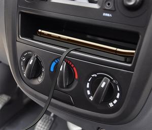 Image 4 - QIไร้สายได้อย่างรวดเร็วสำหรับiPhone 11 XS 12รถชาร์จPadสำหรับSamsung S10แท่นวางลื่นเสื่อรถแผงควบคุม