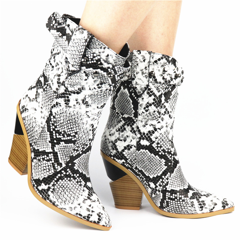 New Fashion European Style Snake Ankle Boots Heels Pointed Toe Black Western Boots PU Leather Woman Shoes Short Botas With Rivet