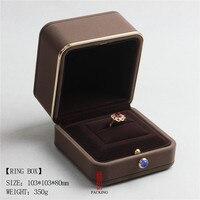 브라운 버건디 컬러 링 디스플레이 상자 높은 품질 벨벳 골드 도금 에지 고품질 Velve 상자