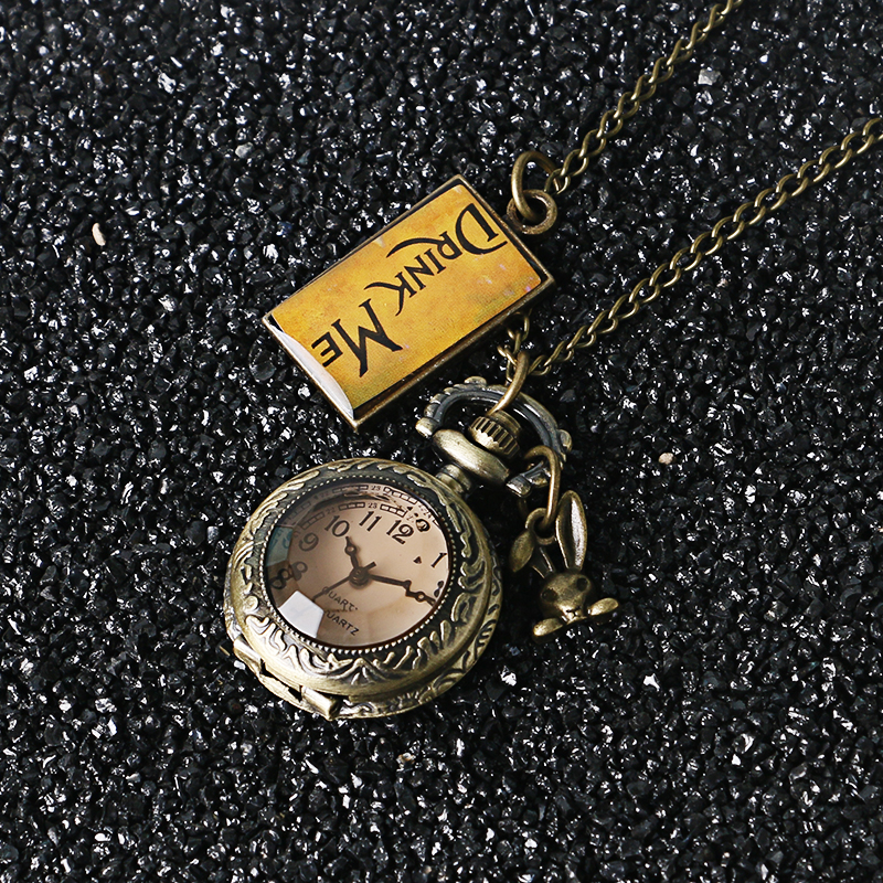 New Retro Dark Brown Glass Dome Alice In Wonderland Drink Me Analog Quartz Pocket Watch Women Lady Girl Gift reloj de bolsillo