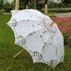 Image 5 - Ao ar livre Proteção do Sol Embrodiery Lace Parasol e Fan Partido Set Presentes do Convidado do Casamento
