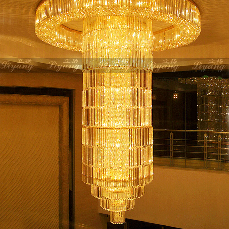 Villa de luxe duplex bâtiment cristal rond grand lustre hall de l'hôtel grand département de vente lampes d'ingénierie de table de sable