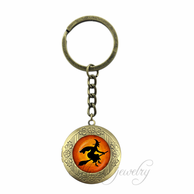 Flying Witch Locket Pendant Key Chains Witch Key Chain Ring Full Moon Witch Halloween Glass Cabochon Keychain Jeweller