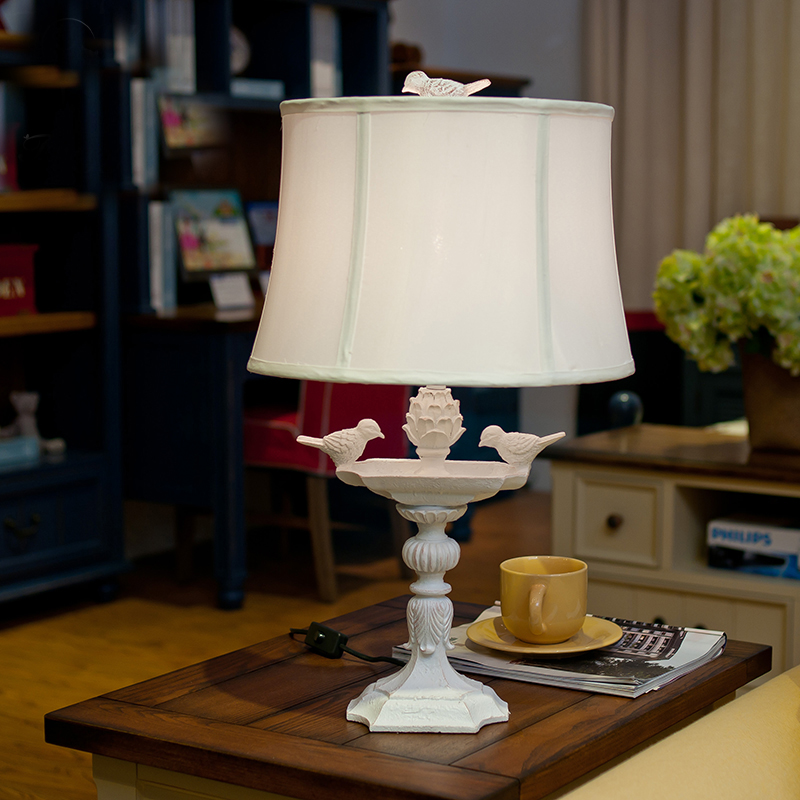 Modern LED Table lamp Lustre A Pair Birdie Table Lamps For Bedroom Bedside Lampshade Abajur Lampara De Mesa Art Luminaria modern led table lamp lustre geometric diamonds table lamps for bedroom bedside lampshade abajur lampara de mesa art luminaria
