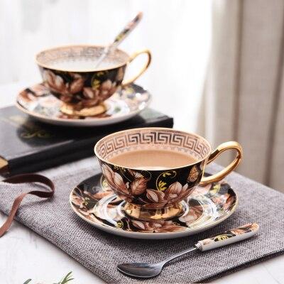 La tasse à café noire de Magnlia européenne d'os de porcelaine place la tasse à thé créative de porcelaine les cadeaux de mariage de Drinkware de partie de thé d'après-midi