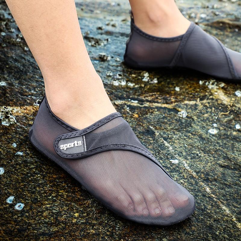 Swimming Water Shoes Men Barefoot Beach Mesh Upstream Aqua Shoes Quick Dry River Sea Diving Swimming Women Sneakers Size 36-49