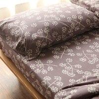100% Cotone Fiammato Japan Style Floral Reattiva Stampa King Size 3 pz 4 pz Bedding Set Viola Marrone Copripiumino Set di Alta Qualità