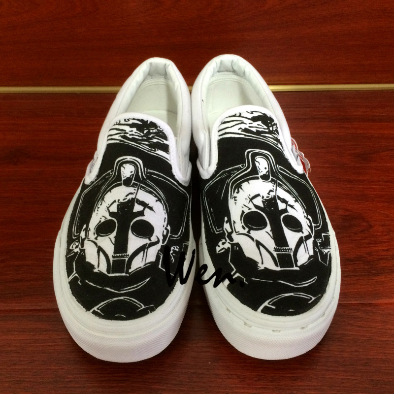 Wen Design Doctor Who Hand Painted Shoes Custom Slip On Black Canvas Shoes Girls Boys Unique Gifts Outdoor Sport Sneakers wen original hand painted shoes design rainbow color heart pattern pink slip on canvas sneakers gifts for girls women