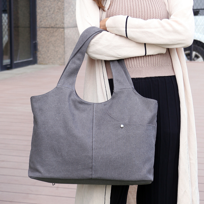 цена на High Quality Canvas Women Handbag Casual Large Capacity Hobos Bag Hot Sell Female Totes Bolsas Trapeze Ruched Solid Shoulder Bag
