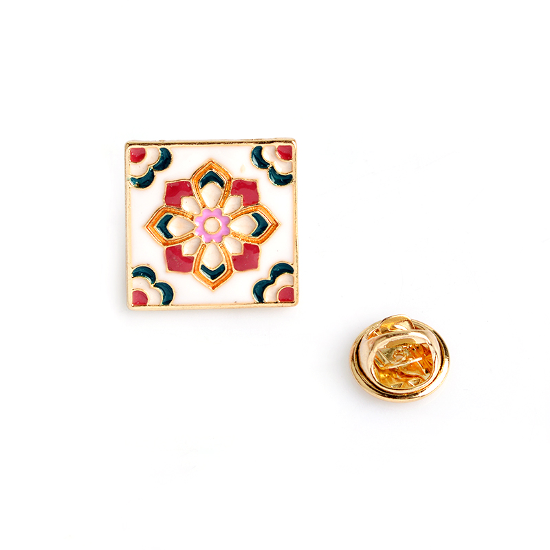 Vintage-Flower-Tiles-Brooch-For-Women-Men-Fashion-Enamel-Bag-Shirt-Jacket-Collar-Badge-Pins-Button(3)