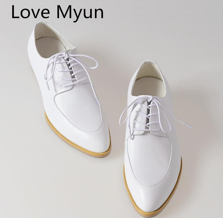 Genuine leather dress men shoes white balck oxfords formal suit wedding shoes business career work pointed toe laces man shoes
