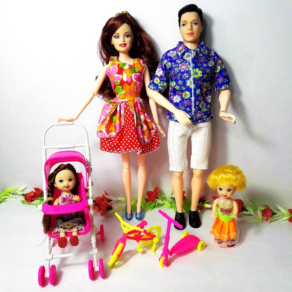 2018 Toys Family 4 People Dolls Suits 1 Mom /1 Dad /2 Little Kelly Girl /1mini bicycle/1scooter/1 Baby Carriage For Barbie doll