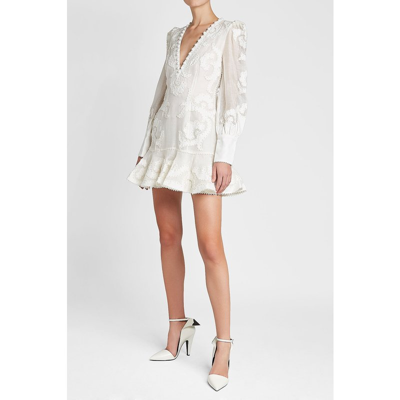 Date 2018 Designer piste bohème robe femmes à manches longues col en v dos nu broderie sirène Blusa Feminina Renda robe