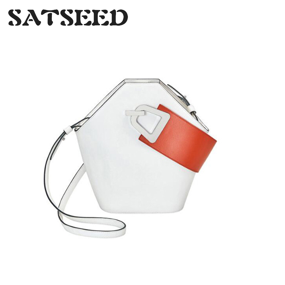Leather Wide Shoulder Bag Design Bucket Package 2019 New Product Simple Collision Color Hand-moving Female BagLeather Wide Shoulder Bag Design Bucket Package 2019 New Product Simple Collision Color Hand-moving Female Bag