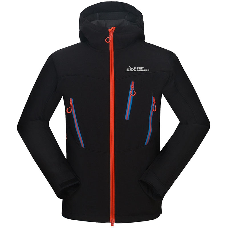 2019 New Outdoor Fleece Jackets Men Waterproof Outdoor Climbing Skiing Hooded Windproof Mountaineering Wear Soft shell Jacket