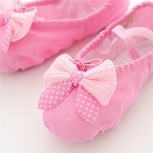 Image 3 - Танцевальная обувь для девочек; мягкие парусиновые балетки для девочек; детские танцевальные носки высокого качества; балетки