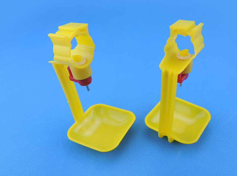10Pcs Poultry Chicken Drinker Hanging Cups Chick Automatic Waterers Drinking Fountain Pipes Ball Nipple Poultry Feeding Supplies