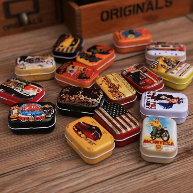 Modèle Aléatoire!! Boîte de bidon de bande dessinée Vintage 5.5*4*2.5 cm bonbons pilule Chutty Mini stockage maison décoration peut dropshipng