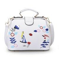 Brand 2017 Embroidery Flower Women Bag Female Sweet Cheap Handbag For Women Lady Document Bag Girl