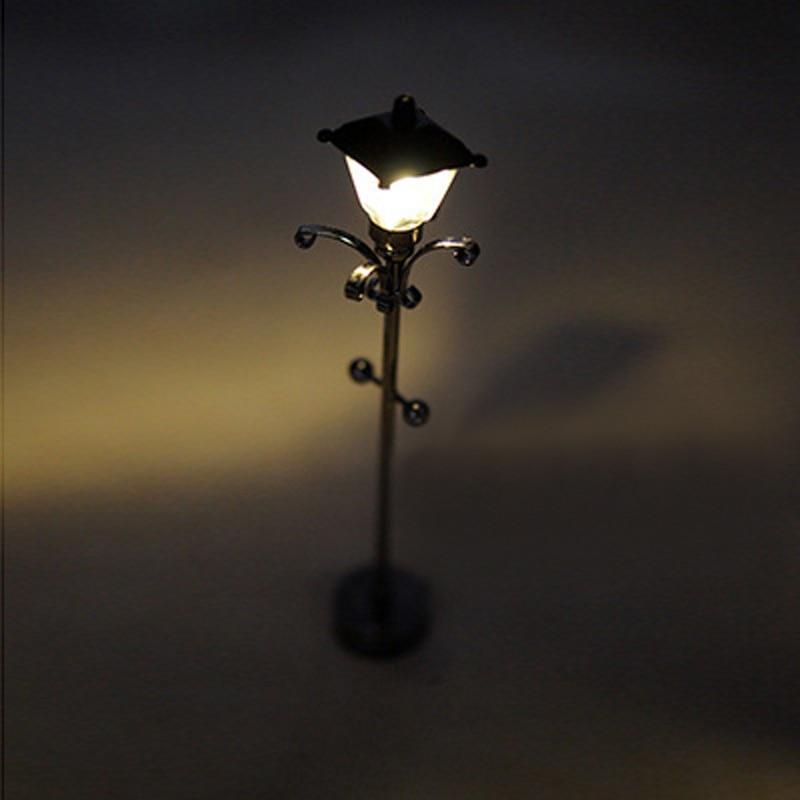 1/12 Schaal Miniatuur Light Poppenhuis Lamp LED Outdoor Floor Lights ...