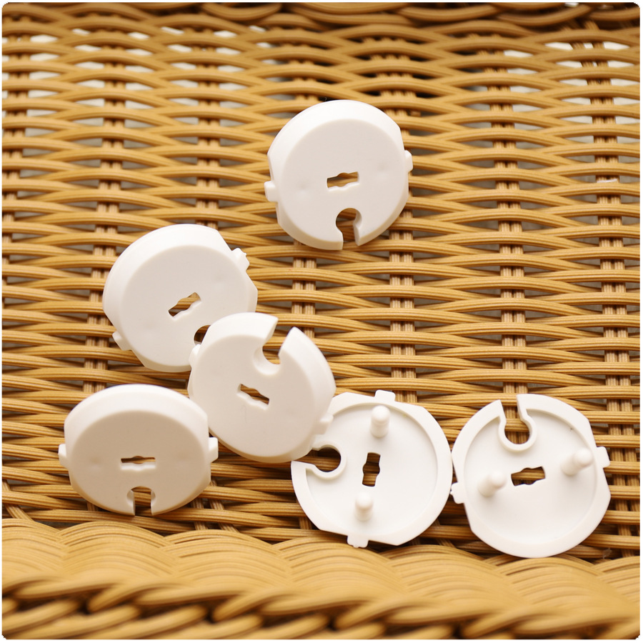 1 Pcs 2 Hole Round European Standard Children Against Electric Protection Socket Plastic Security Locks Baby Safety Rotate Cover