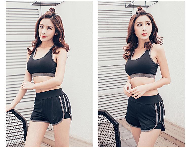 Women Shorts (4)