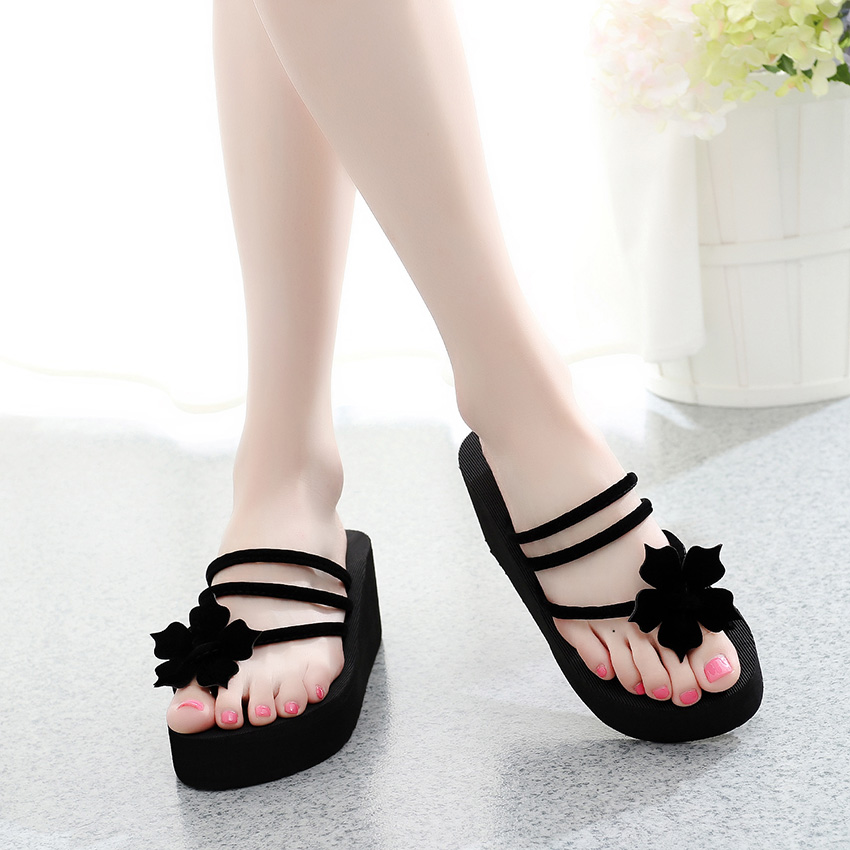 цена на Summer New High Heels Wedge Shoes Women Beach Flip Flops Thick Bottom Ladies Slippers Sweet Flowers Clip Toe Outdoor Sandals