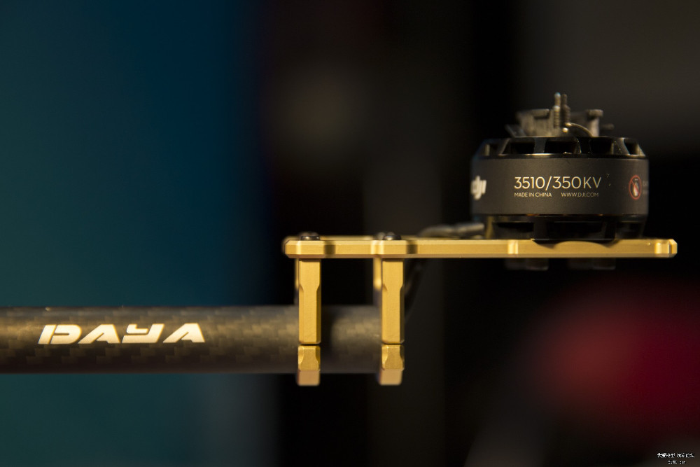 680 Daya 680 daya-680 Folding 4-Axis Carbon Fiber UAV H4 Quadcopter Frame w/Landing Gear for BOM