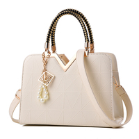 2017 PU Leather Women Bag V Letters Designer Handbags Luxury Quality Lady Shoulder Crossbody Bags Fringed