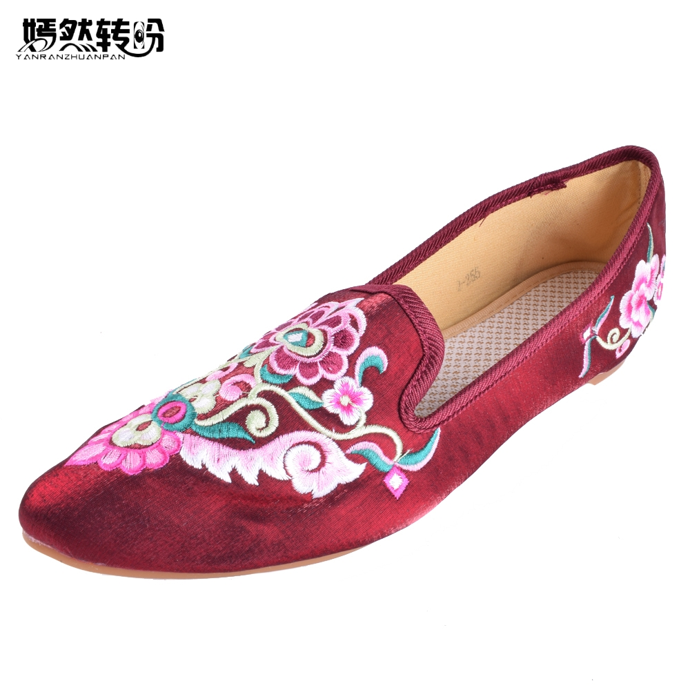 Women Flats Vintage Flower Embroidery Shoes Pointed Toe Comfort Slip-on Summer Ballet Shoes Woman Zapatos De Mujer Plus size 43 women t strap moccasins flat shoes low heel sandals black gray pink pointed toe ballet flats summer buckle zapatos mujer z193