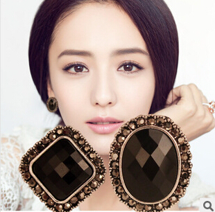 New Brand Charm Fashion Temperament Retro Vintage Earrings Exaggerated Black Stones Gem Stud Earrings For Women brincos XY-E195