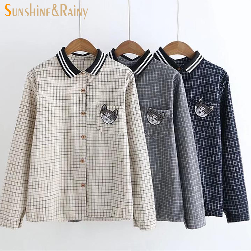 e877c7496 2017 Otoño Invierno gato bordado mujeres gran plaid polo camisas de manga  larga señoras blusa tops suelta fresca dulce blusa