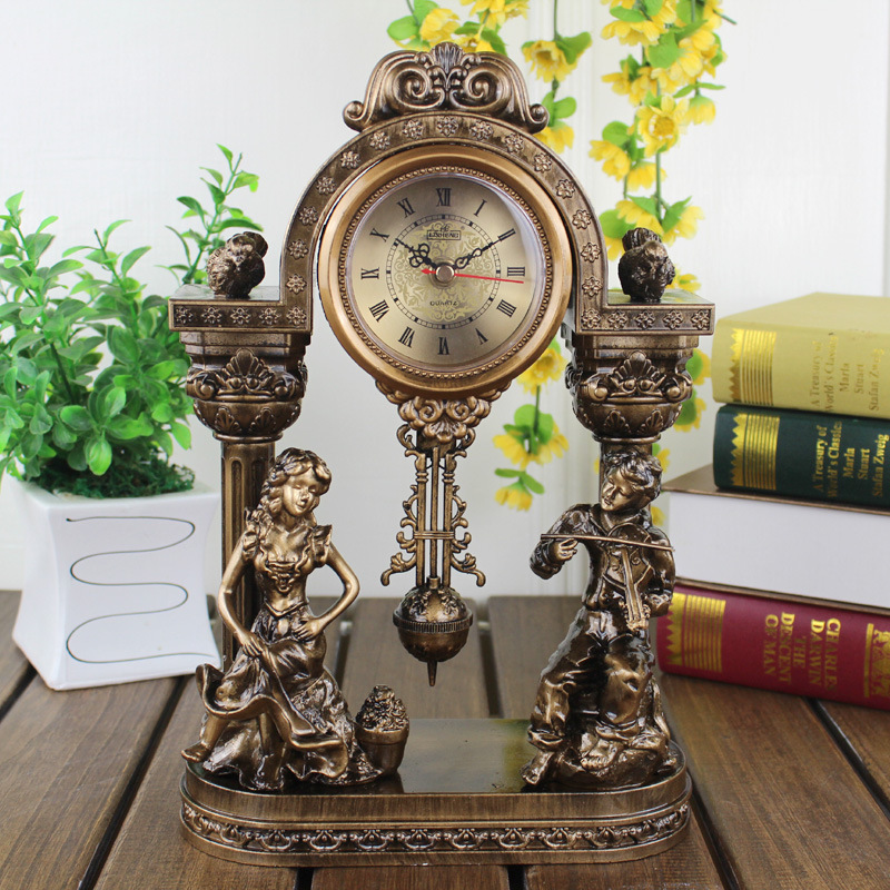 11 Inches Table Clocks The Living Room Clock Antique Mute Small Swing Clock Creative Personality Desk Clocks Home Decoration