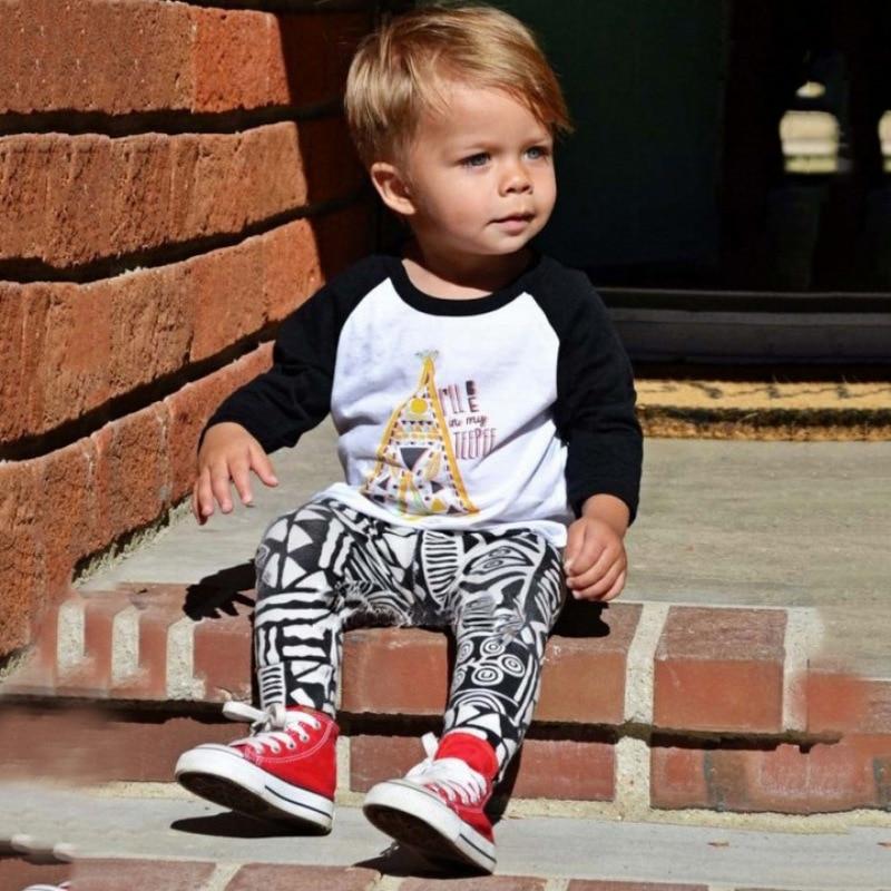 Летом прохладно с длинным рукавом + штаны одежда для малышей Модный милый маленький мальчик дом Пижамный костюм для малышей комплекты